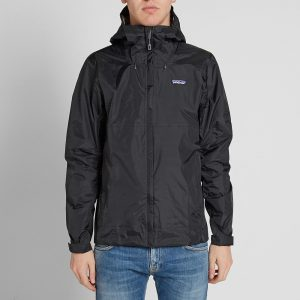 04-02-2016_patagonia_torrentshelljacket_black_jtl_m1_1